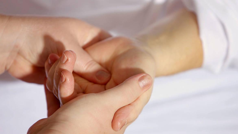 Por tu futuro y el de tu familia, contrata Seguros de Salud y Decesos